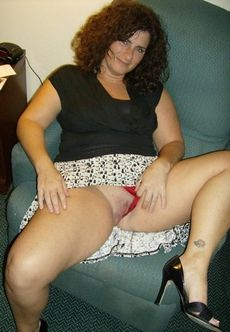 Chubby milf's flashing her..