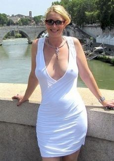 Beautiful blonde mother in..